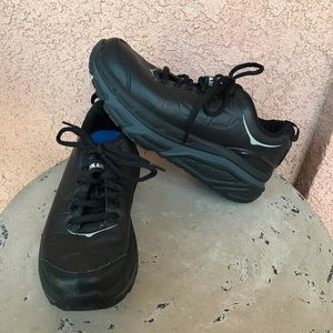 Hoka One One Valor Ltr Black Sneakers Size 7.5